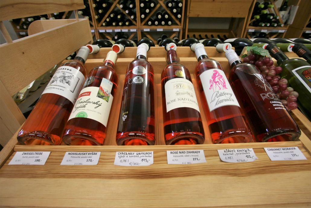 nabídka růžových vín ve vinotéce Dobrý ročník 33